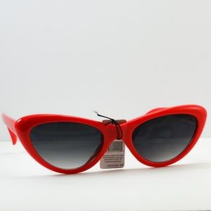Accessories - Cat Eye Fashion Chic Sunglasses - Red